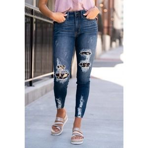 Judy Blue Leopard Patch High Rise Skinny Jeans 32